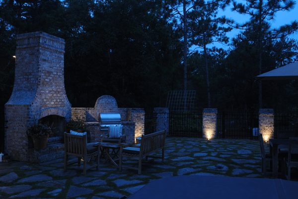 Illuminating Your Outdoor Kitchen and Dining Spaces For Optimal Use