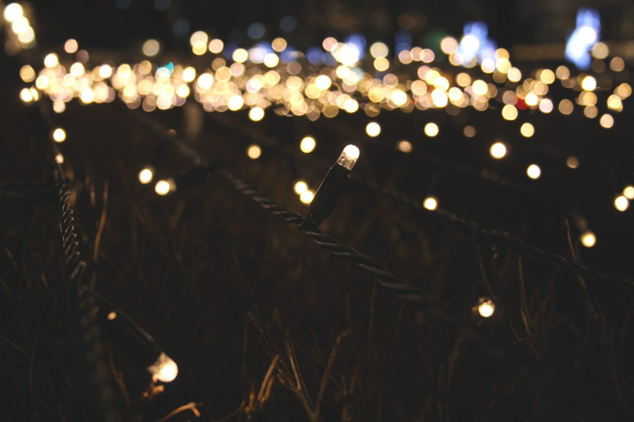 blur-bokeh-christmas-52907(1)